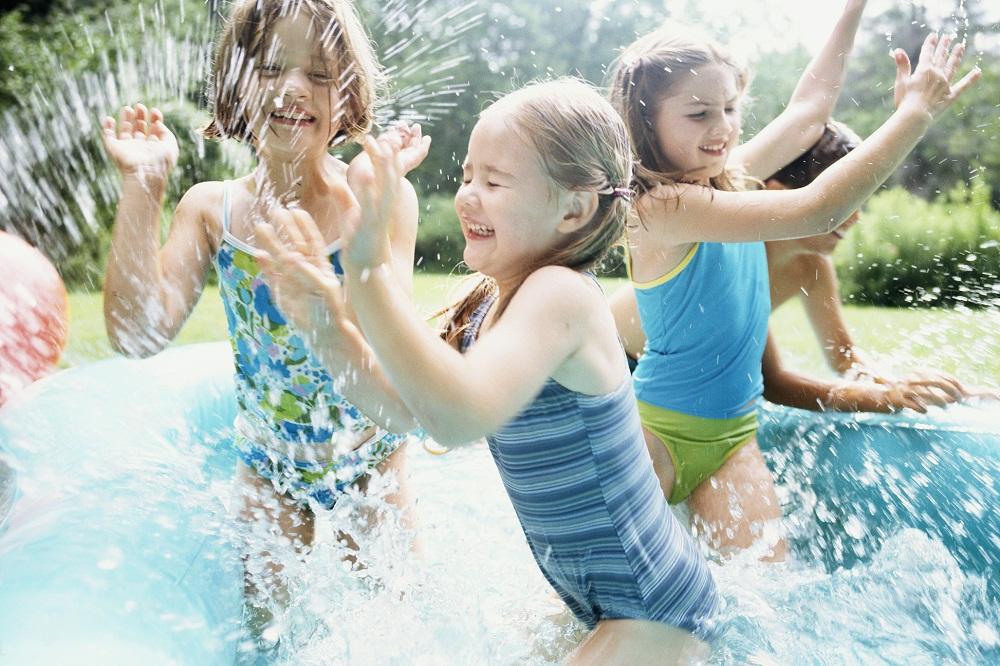 Jaki powinien być basen ogrodowy dla dzieci?